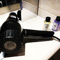 Are there hair dryers in hotel rooms in Haiti?